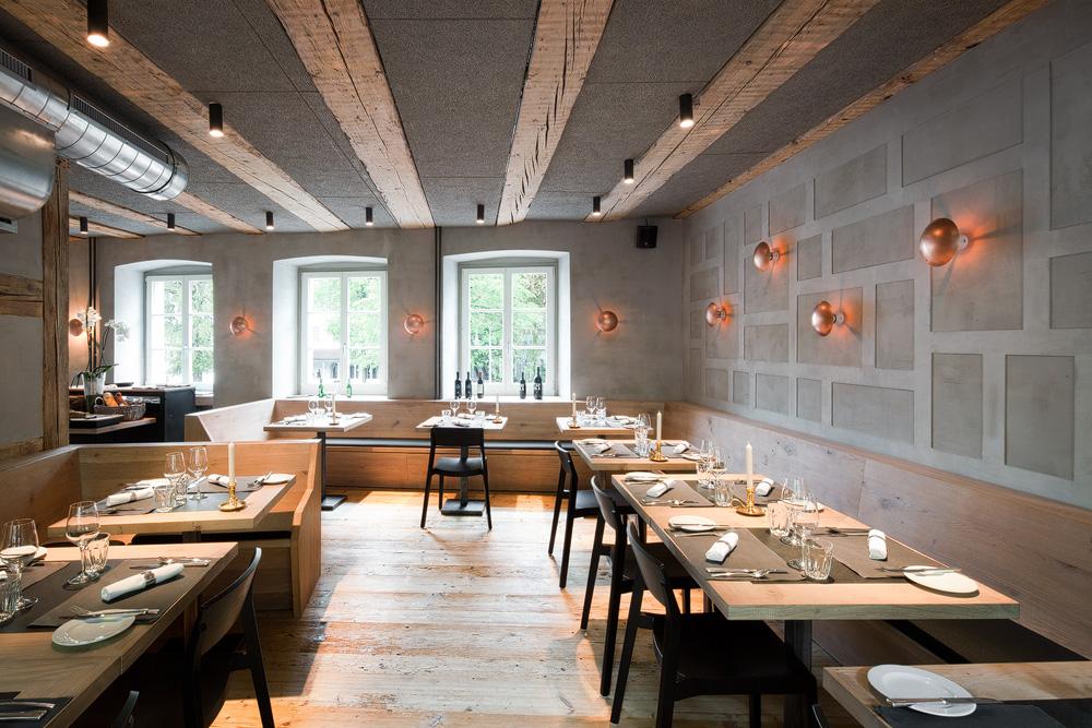 Lukas Schaffhuser Architekturfotografie Zuerich BuildInc Architekten Goldener Stern Restaurant