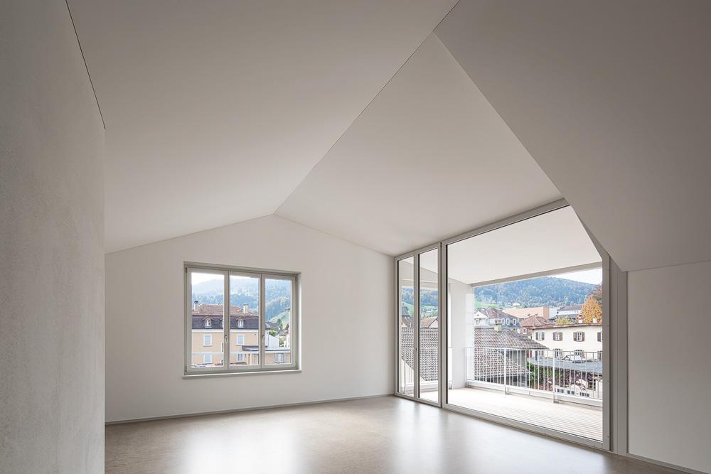 Lukas Schaffhuser Architekturfotografie Zuerich Haltmeier Kister Schachenstrasse Dach Wohnung 1