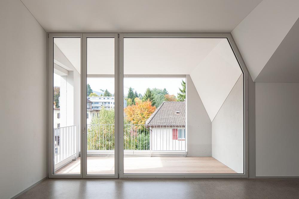 Lukas Schaffhuser Architekturfotografie Zuerich Haltmeier Kister Schachenstrasse Dach Wohnung 2