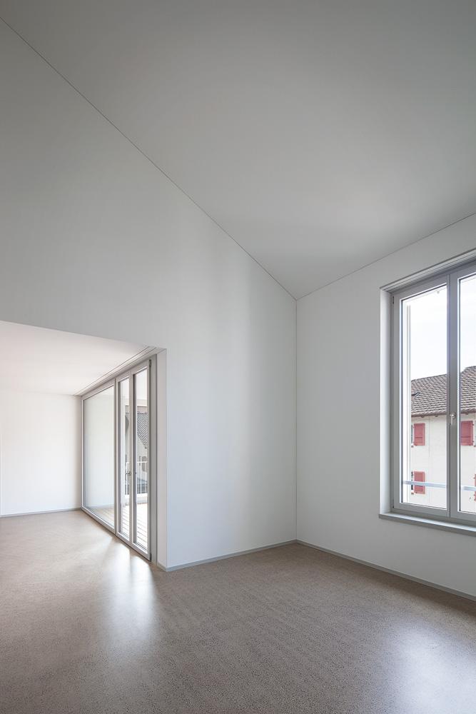 Lukas Schaffhuser Architekturfotografie Zuerich Haltmeier Kister Schachenstrasse Wohnung 1