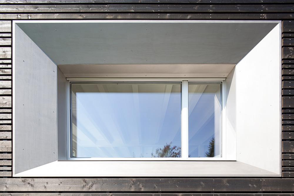 Lukas Schaffhuser Architekturfotografie Zuerich Stereo Architektur Umbau EFH-Moos Fassade Nord Sued