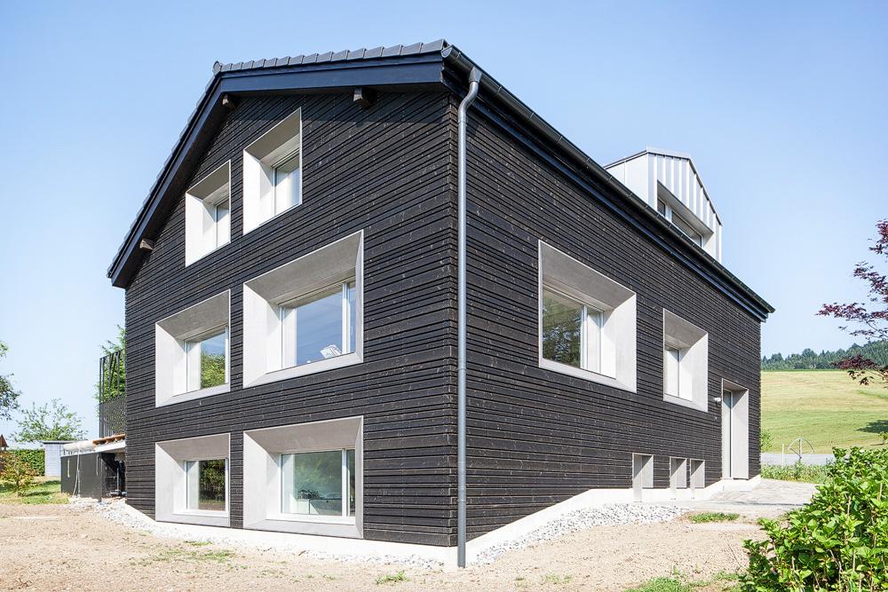 Lukas Schaffhuser Architekturfotografie Zuerich Stereo Architektur Umbau EFH-Moos Fassade Nord Sued Ost