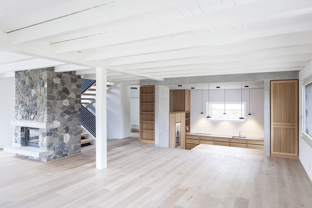 Lukas Schaffhuser Architekturfotografie Zuerich Stereo Architektur Umbau EFH-Moos Kueche 03