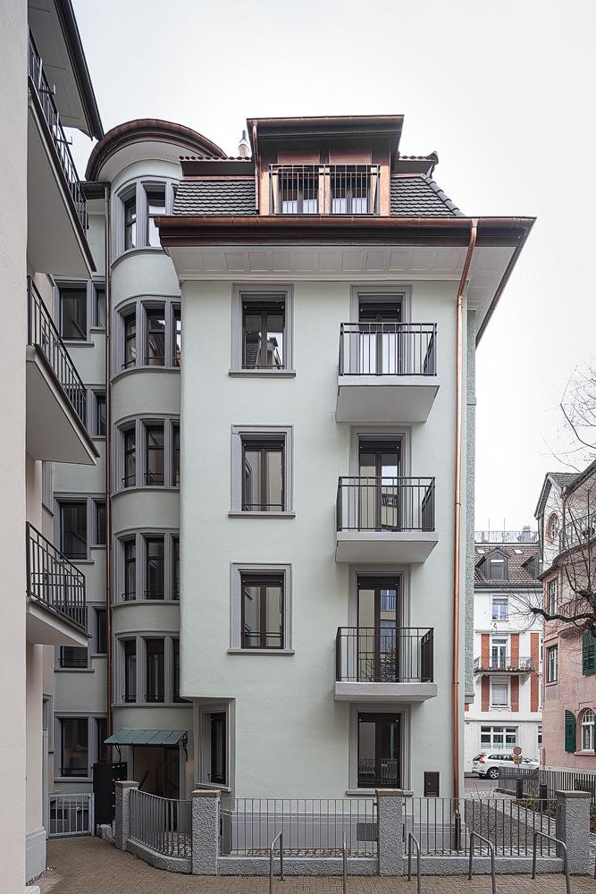 Lukas Schaffhuser Architekturfotografie Zuerich Nimbus Architekten Saentisstrasse Zuerich Ansicht Hof