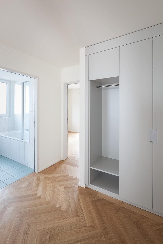 Lukas Schaffhuser Architekturfotografie Zuerich Nimbus Architekten Saentisstrasse Zuerich Entree Garderobe