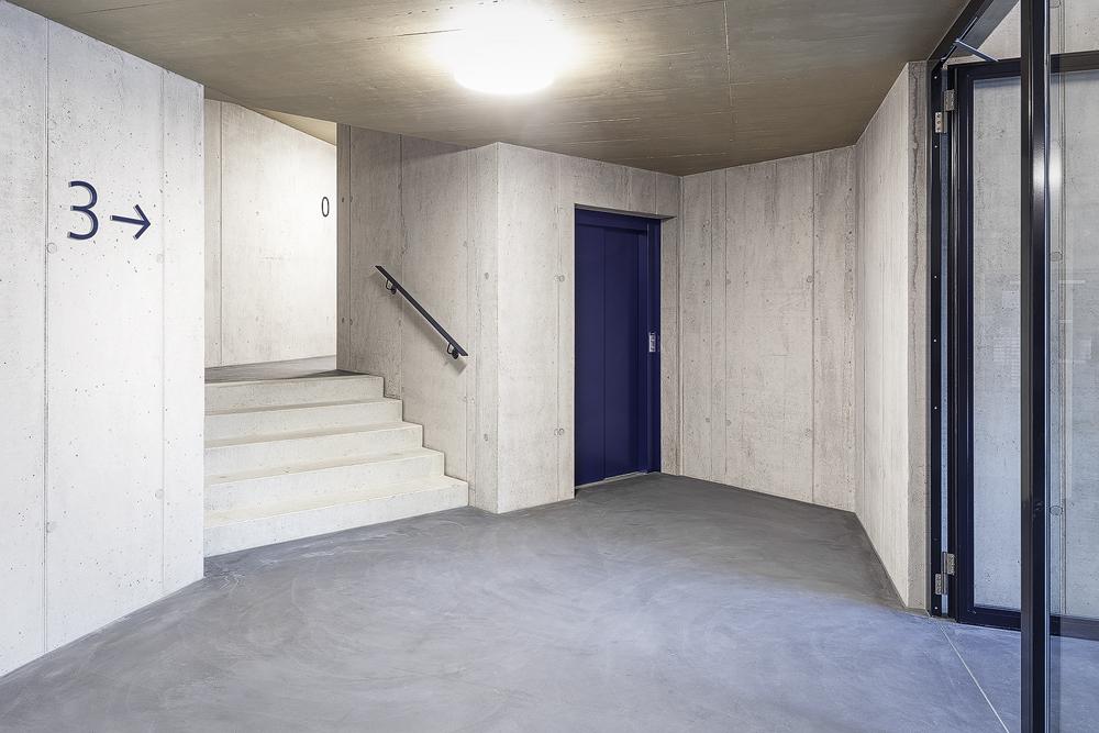 Lukas Schaffhuser Architekturfotografie Zuerich Haltmeier Kister Schneebeliweg Treppenhaus 02
