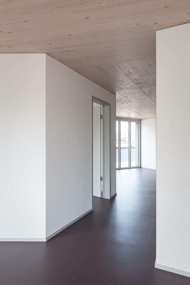 Lukas Schaffhuser Architekturfotografie Zuerich Haltmeier Kister Schneebeliweg Wohnung 03